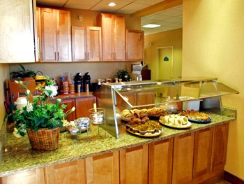 Complimentary Continental Breakfast Daily 3 of 8