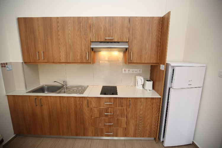 Room Apartment Kitchenette 7 of 20