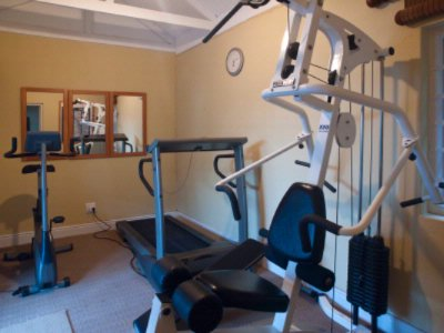 Small Gym Available For Guests 7 of 16
