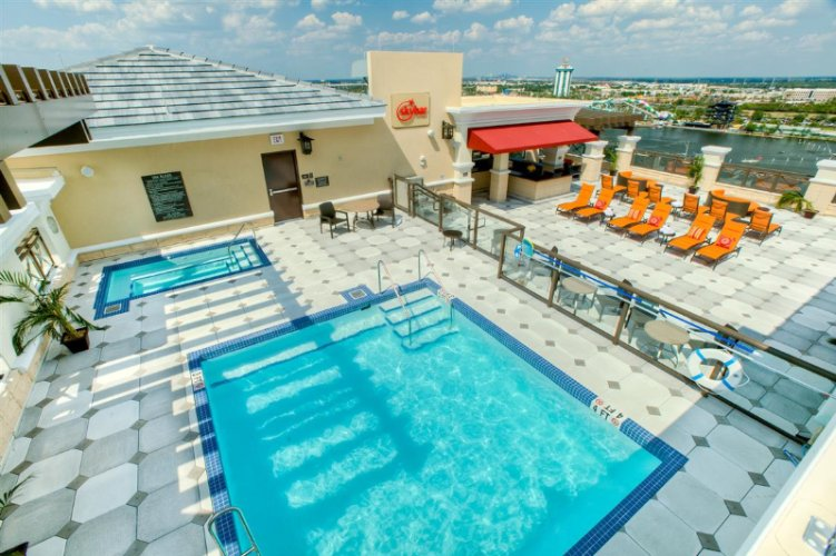 Roof Top Bar And Pool -Exclusive Club Level Access 14 of 14