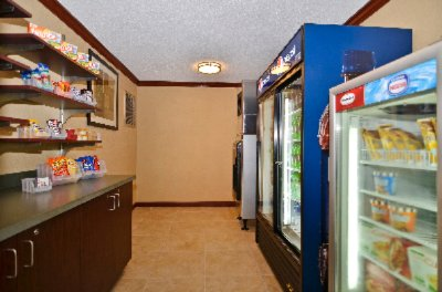 Best Western Plus Anderson Convenience Shop 14 of 15