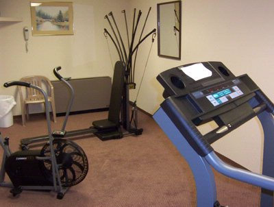 On Premise Exercise Room 6 of 15