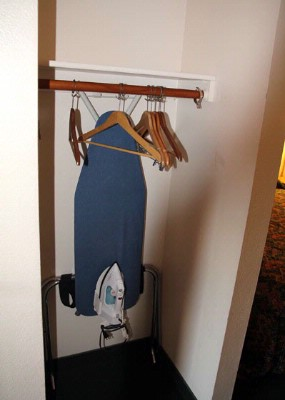 Steam Iron & Ironing Board 5 of 8