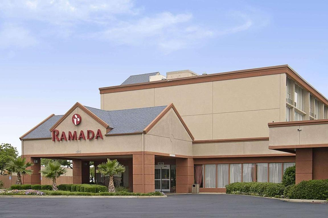 Image of Ramada Love Field