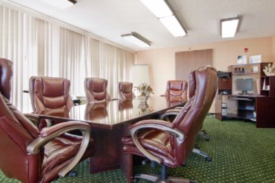 Executive Board Room 5 of 17