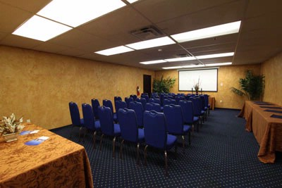 Adjoining Regal Room Ii Meeting/buffet 7 of 17