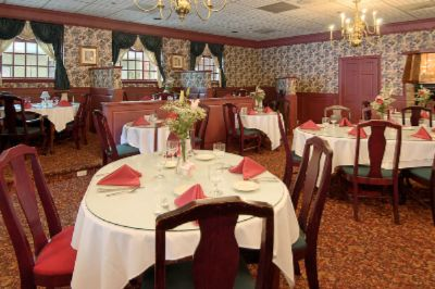 Nicky & Johnny\'s Restaurant 4 of 7