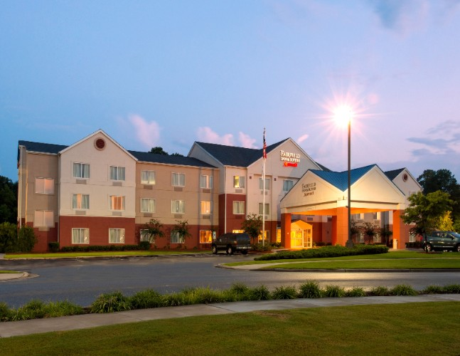 Fairfield Inn Suites By Marriott Jacksonville Nc 121 Circuit Lane 28546