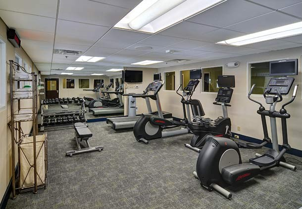 24-Hour Work Out Facility 8 of 15