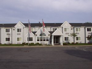 Microtel Inn Tonawanda 1 of 4