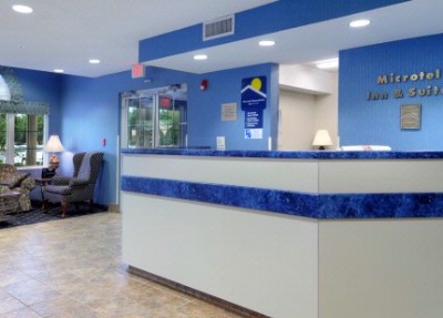 Front Desk 6 of 15