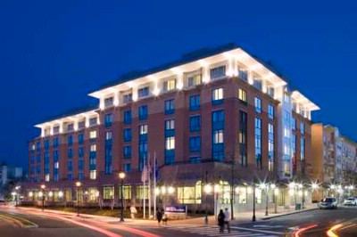 Hilton Garden Inn Arlington Shirlington 1 of 16
