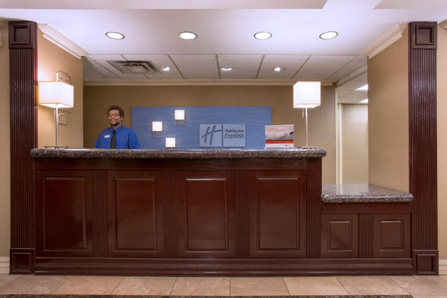Stop By And Say Hello! Friendly Front Desk Staff Are Waiting To Assist You. 14 of 19