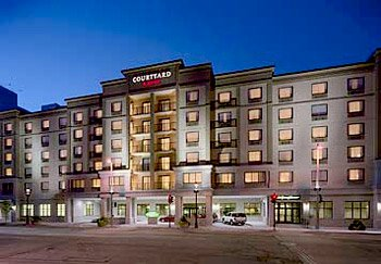 Image of Courtyard by Marriott Milwaukee Downtown