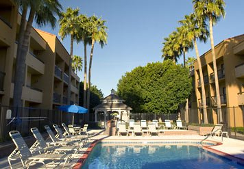 Take Advantage Of The Year-round Arizona Sun By Soaking In Our Outdoor Pool. Then Stroll Around Our Beautifully Landscaped Courtyard. The Gazebo Is The Perfect Place To Relax With A Sandwich Or Salad From Our 24-hour Market. 7 of 9