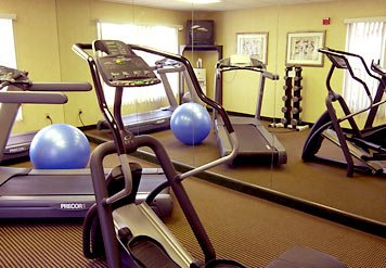 Stay In Shape On The Road In Our State-Of-The-Art Fitness Center. We Have A Broad Range Of Cardiovascular Equipment And Free Weights And We\'re Open 24 Hours So You Can Begin Your Morning Or End Your Day With An Exhilarating Workout. 8 of 10