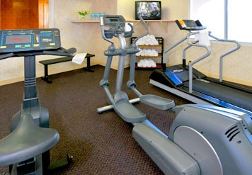 Stay In Shape On The Road In Our State-of-the-art Fitness Center. We Have A Broad Range Of Cardiovascular Equipment And Free Weights. 4 of 11