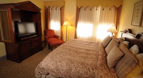 King Guest Room 5 of 20