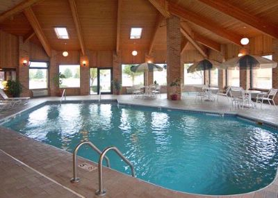 Indoor Heated Pool 4 of 7