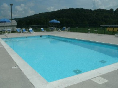 Outdoor Pool 16 of 27