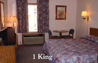 A Standard Room With 1 King Bed 5 of 11