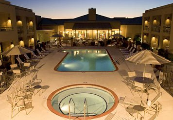 Take Advantage Of The Year-round Phoenix Sun By Soaking In Our Outdoor Pool Then Let Our Whirlpool Melt Away The Tension Of The Day. With Our Extensive Hours It\'s A Perfect Way To Start The Morning Or End The Night. 8 of 9