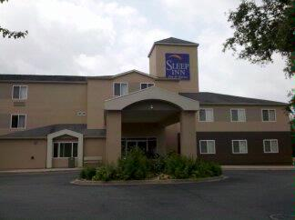 Sleep Inn & Suites 1 of 9
