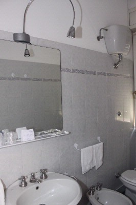 Bathroom 6 of 14
