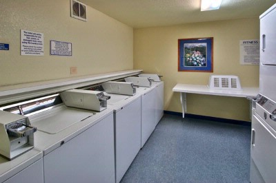 Laundry Room 7 of 18