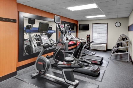 Fitness Room 13 of 16