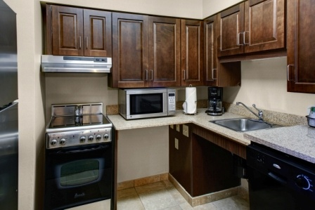 Accessible Kitchen Suite 10 of 16