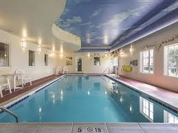 Indoor Pool 4 of 8