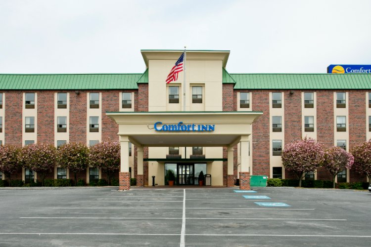 Comfort Inn Aikens Center 1872 Edwin Miller Blvd Martinsburg Wv 25401