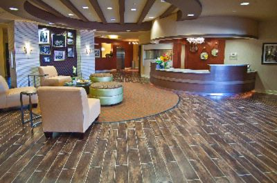 Best Western Plus Tupelo Inn & Suites Lobby