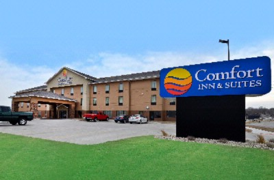 Welcome To Comfort Inn & Suites-Junction City/ft. Riley Ks 2 of 3