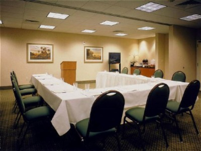 Hold A Small Meeting In One Of The Meeting Rooms At Our Santa Clarita Hotel. 10 of 11