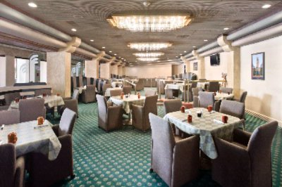 Crystal\'s Restaurant Located Within Ramada Hotel & Conference Center 3 of 11