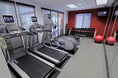 Fitness Center 16 of 24