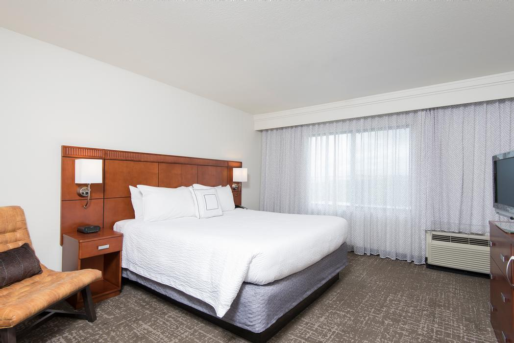 Courtyard by Marriott San Antonio North Stone Oak 1 of 5