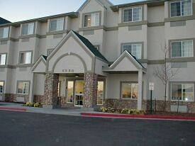 Super 8 Hotel & Suites 1 of 4