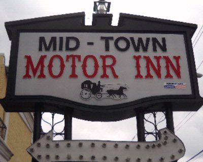Midtown Motor Inn 1 of 5