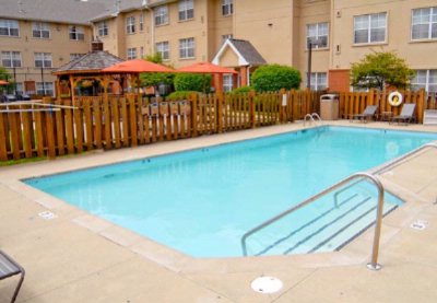 Outdoor Pool & Spa 8 of 10
