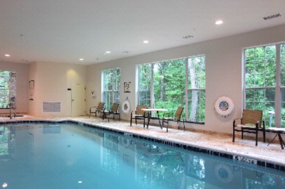 Indoor Pool 9 of 16