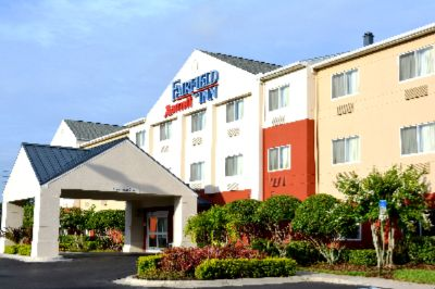 Fairfield Inn by Marriott St. Petersburg Clearwate 1 of 9