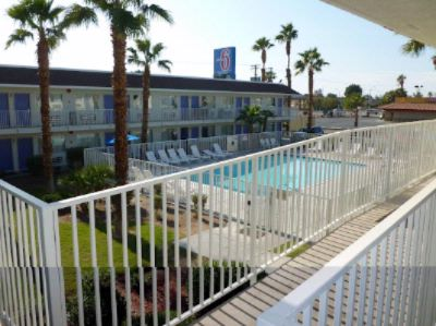 Motel 6 El Centro 1 of 5