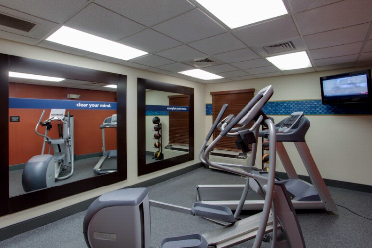 Fitness Center And Local Gym Access 8 of 9