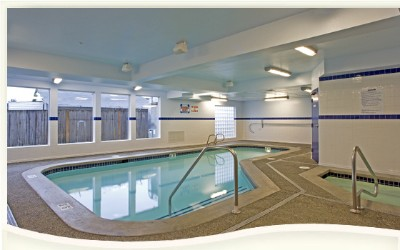 Indoor Heated Pool And Hot Tub 5 of 8