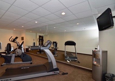 Exercise Room 6 of 9
