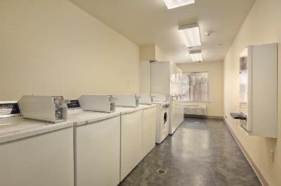 Laundry Facility 6 of 10