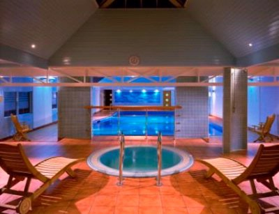 Indoor Hotel Swimming Pool 6 of 8